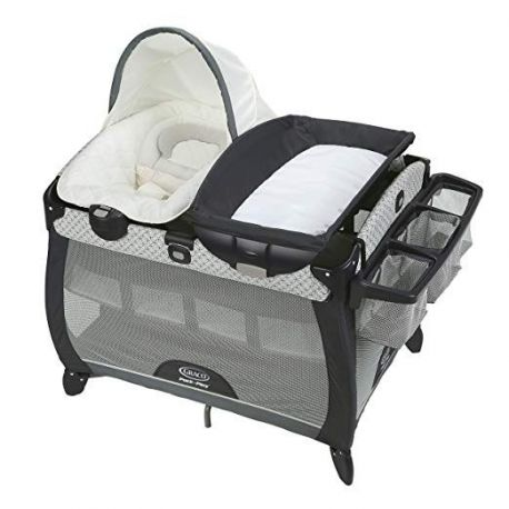 Graco Pack 'n Play Quick Connect Portable Napper Deluxe gray